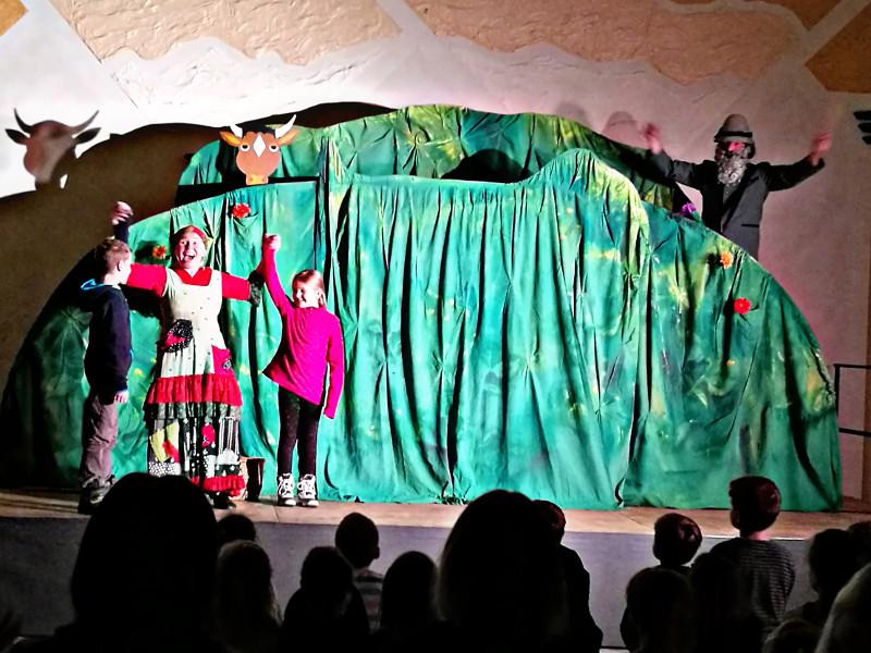 """Die kleine Hexe"" verzauberte viele Kinder in Nauroth"