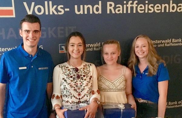 Next Generation Banking: Westerwald Bank lud junge Kunden ins Kino Cinexx ein