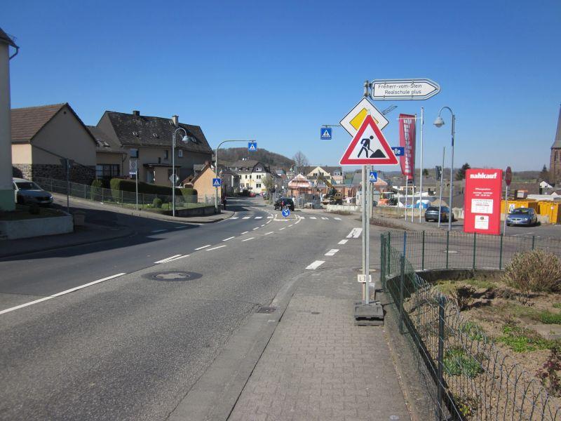 Nentershausen: Wasserleitungsarbeiten in der Ortsdurchfahrt (L318)