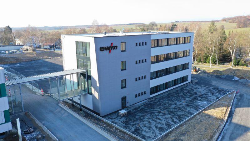 Neues EWM-Verwaltungsgebäude in Mündersbach eröffnet
