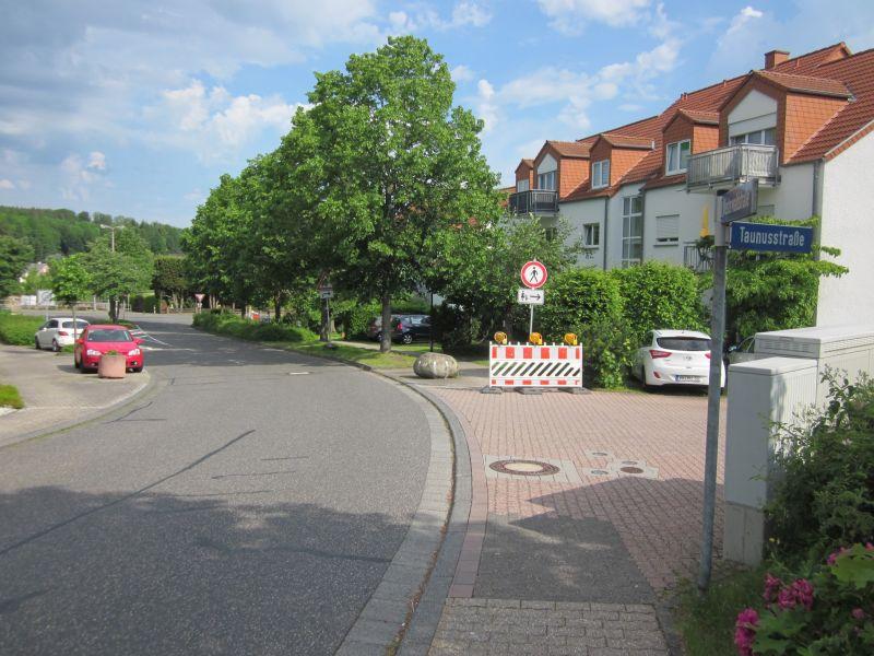 Halbseitige Sperrung der Kreuzung Hauptstraße / Westerwaldstraße