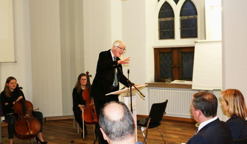 Prof Dr Volkenandt beim Neujahrsempfang des Herz-Jesu-Krankenhauses. Foto: privat