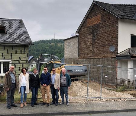 """""""Ländliche Zentren"""": Leerstehende Häuser in Niederfischbach werden abgerissen"""