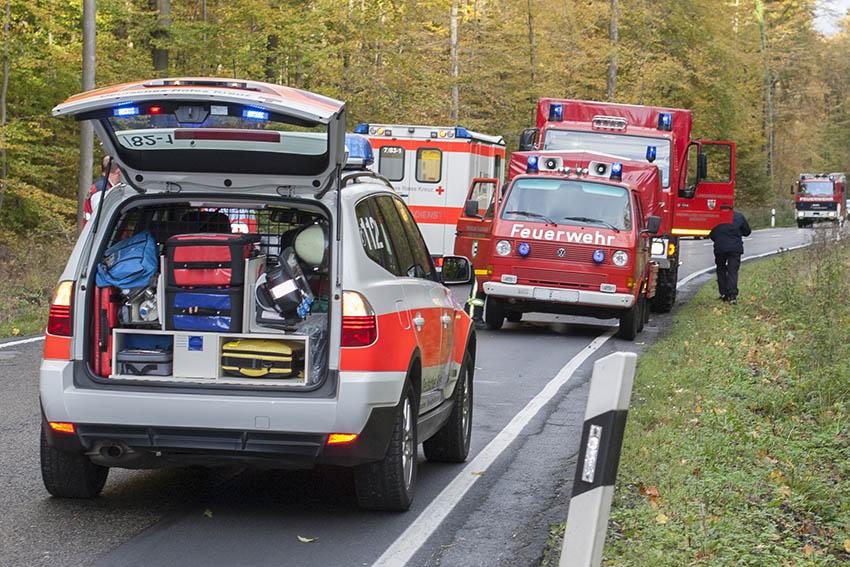 Schwerer Verkehrsunfall mit vier Verletzten