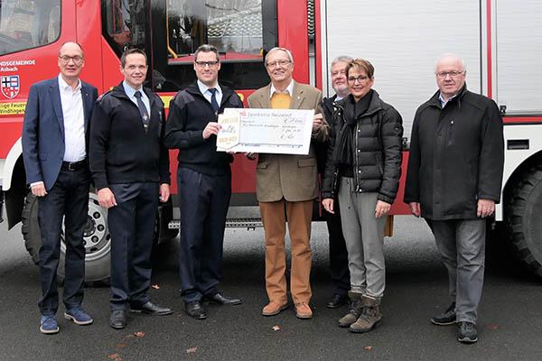 Lions Club Rhein-Wied unterstützt Jugendfeuerwehr Windhagen