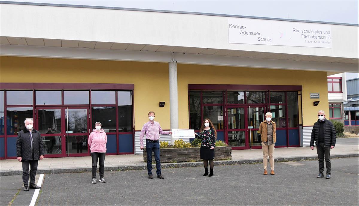 Lions Club Rhein-Wied unterstützt Bläserklasse der Konrad-Adenauer-Schule