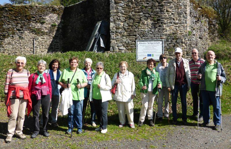 WWV Bad Marienberg wanderte zur Klosterruine Seligenstadt