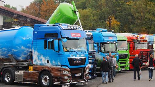 Die Brummis kommen: Am Wochenende ist Trucker-Treffen im Stöffel-Park
