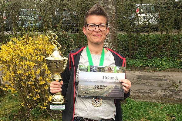 """Katja Dasbach siegt beim Ultramarathon """"Die Bergischen 5"""""""