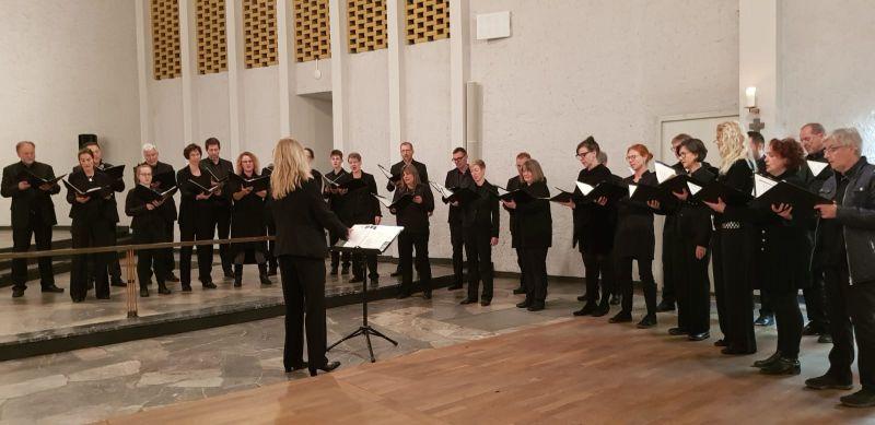 Kammerchor Marienstatt sang zu Allerheiligen in Frankfurt