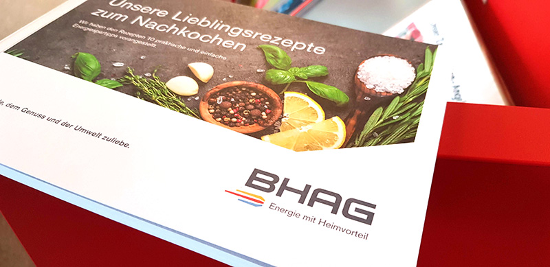 Die neuen BHAG-Kochbücher liegen ab sofort in der Stadtbücherei im Rathaus kostenlos zur Abholung bereit. Foto: Stadt Bad Honnef