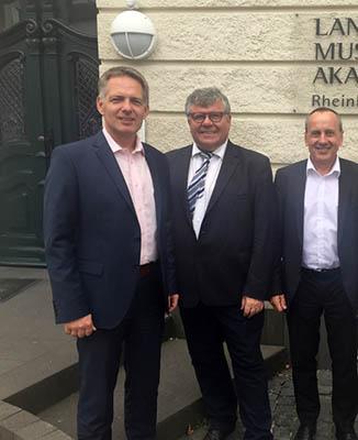 Akademieleiter Rolf Ehlers, Bürgermeister Michael Mahlert, Minister Prof. Konrad Wolf. Foto: pr