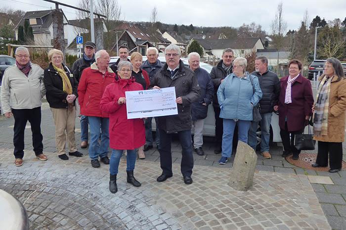 Bürgerfahrdienst spendet an die Gundlach-Stiftung