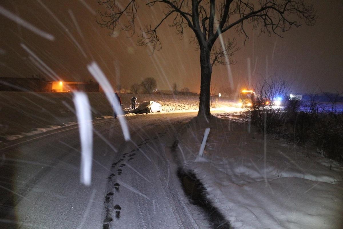 Polizei Betzdorf durch den Wintereinbruch im Dauereinsatz
