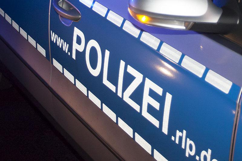Wo hatte ein betrunkener Audi-Fahrer einen Unfall?