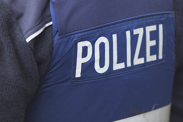 Falscher Polizeibeamter mit neuer Masche