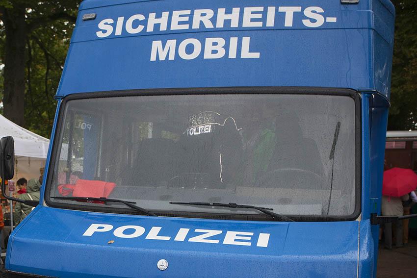 Seniorin in Wohnung in Bad Honnef attackiert und bestohlen