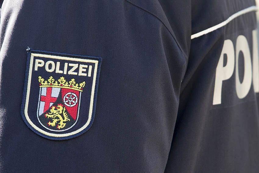 Diebstahl aus PKW in Höhr-Grenzhausen