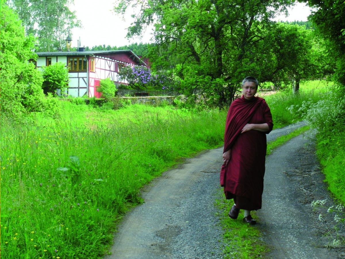 Klostergespräche im buddhistischen Kloster Hassel