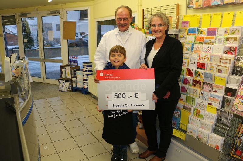 Johannes Blaum spendet 500 Euro für Hospiz St. Thomas