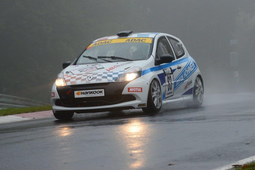 Trotz extremer Wetterbedingungen auf Rang 3 am N�rburgring