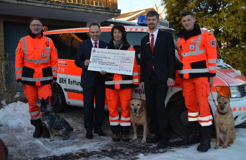 Spende an BRH-Rettungshundestaffel im Westerwald