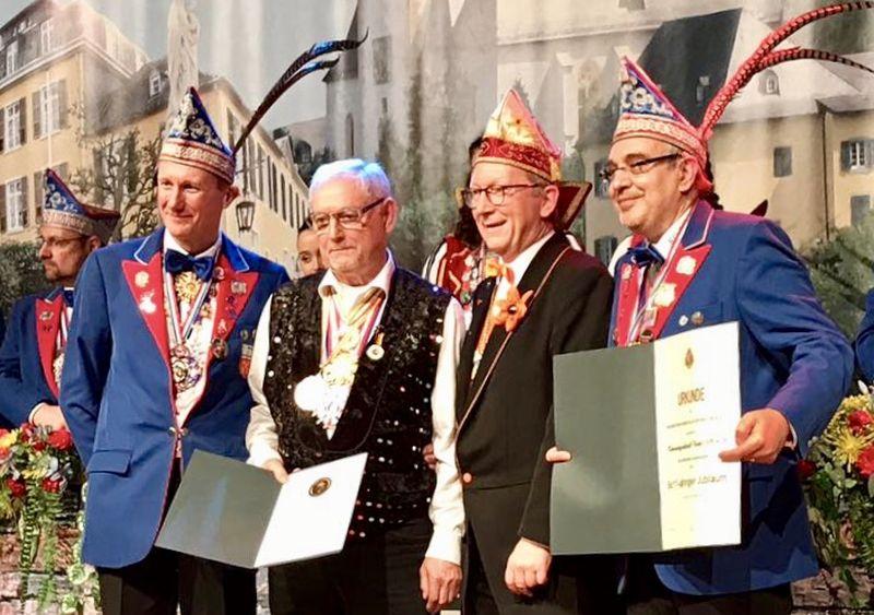 """""""Gold am Bande"""" für karnevalistisches Urgestein"""