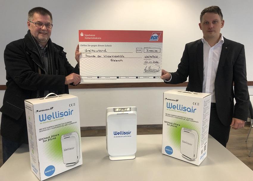 Rox-Klimatechnik spendet 3.000 Euro und Desinfektionsgeräte an die Kinderkrebshilfe Gieleroth