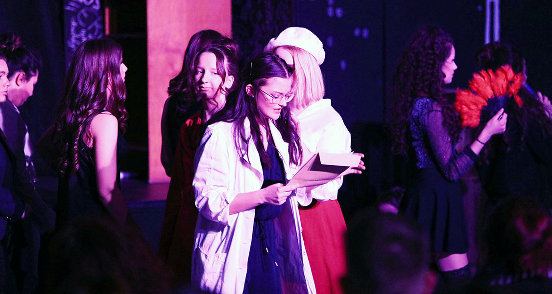 """Theater-AG des RWG begeistert mit """"Jekyll & Hyde"""""""