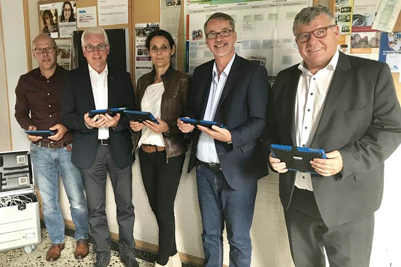 Digitalisierung in den Schulen – Sven Lefkowitz zu Gast in Puderbach