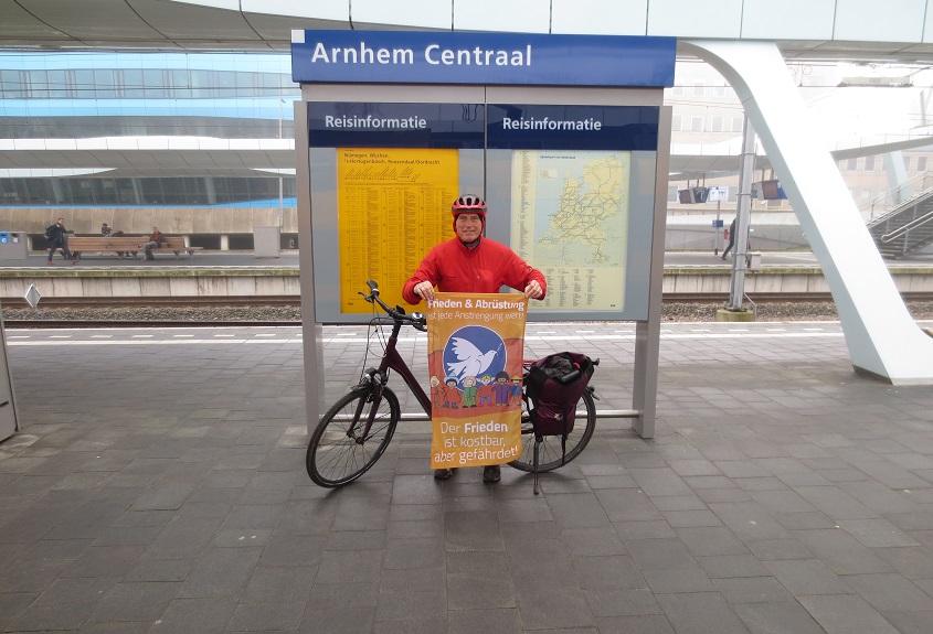 Benefizfahrradtour nach Den Haag mit Hindernissen