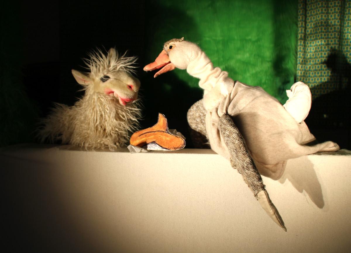 Puppentheater in Rennerod: Wer hat dem Maulwurf auf den Kopf gemacht?