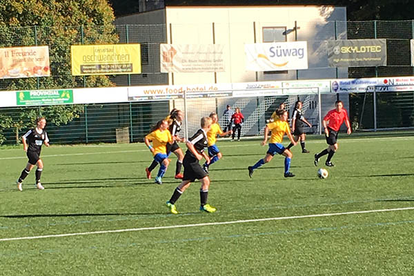 B-Juniorinnen SV Rengsdorf punkten gegen Saarbrücken