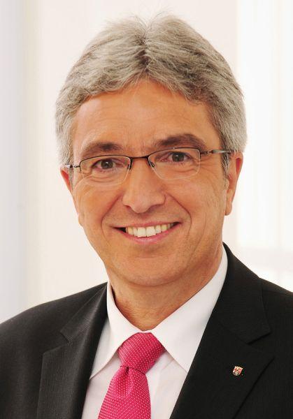 Innenminister Lewentz besucht den südlichsten Westerwald