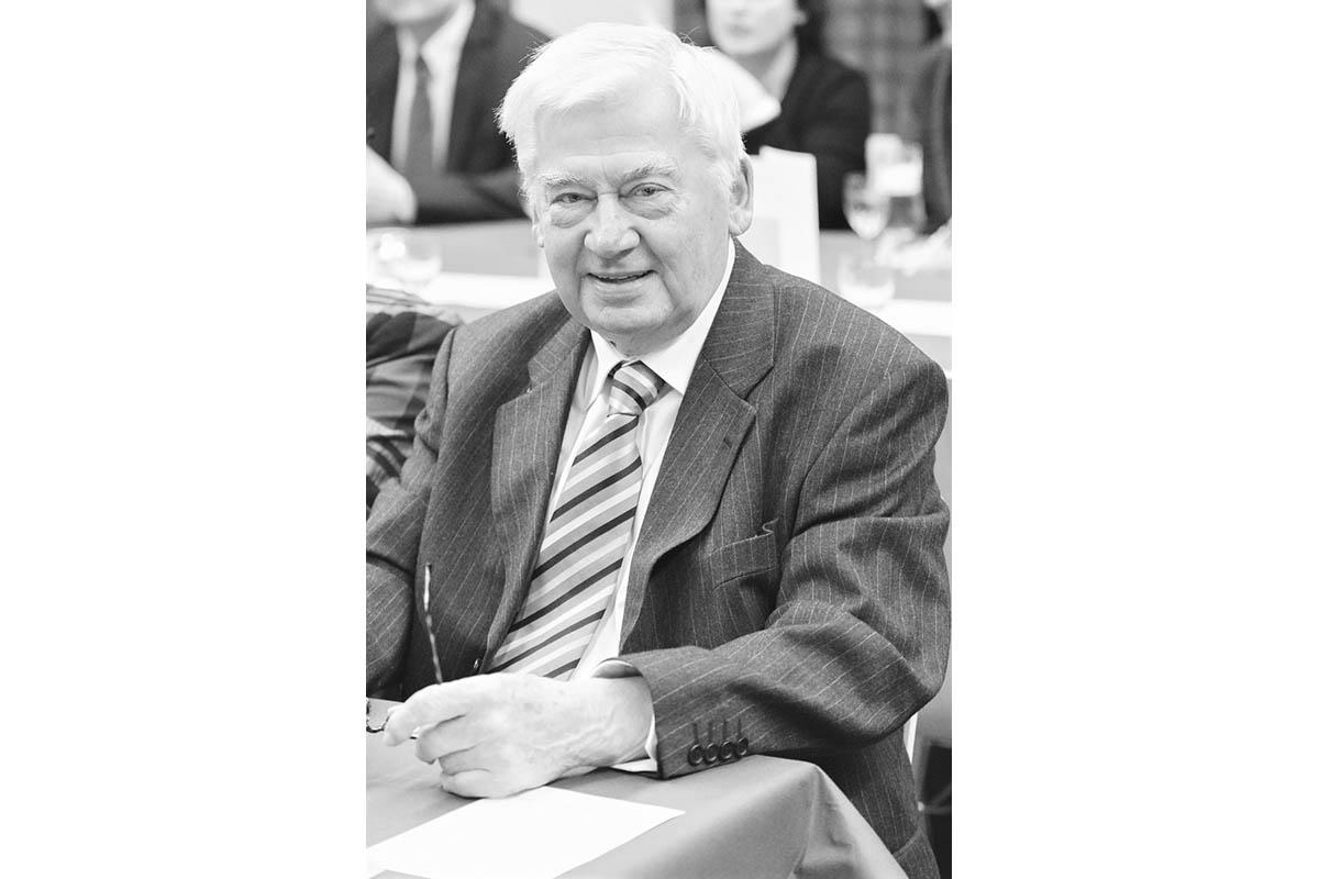 Stadt Neuwied trauert um Bürgermeister a.D. Rudolf Borgdorf
