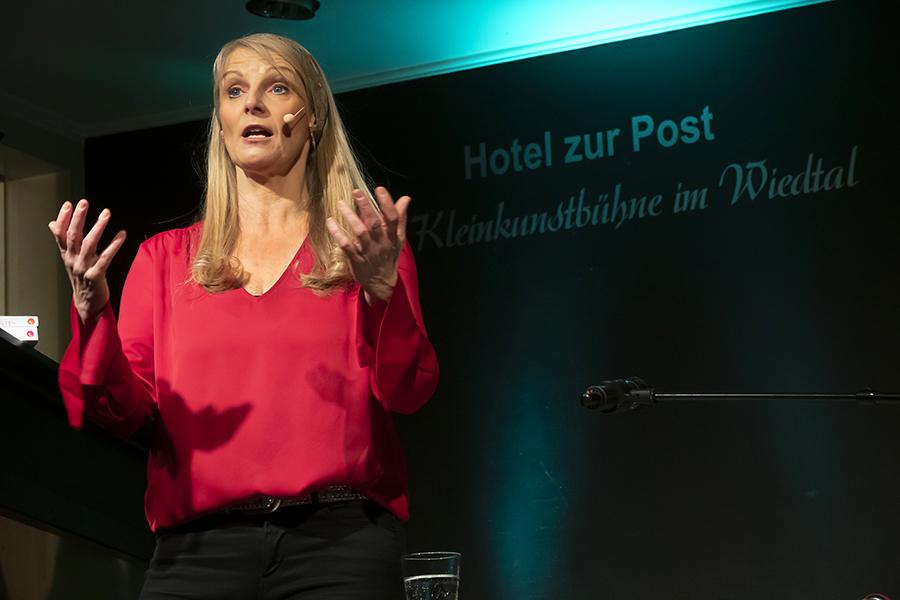 Barabara Ruscher klärte Waldbreitbach auf