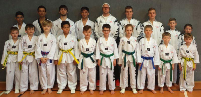 Sporting Taekwondo holt 15 Medaillen beim Saisonstart