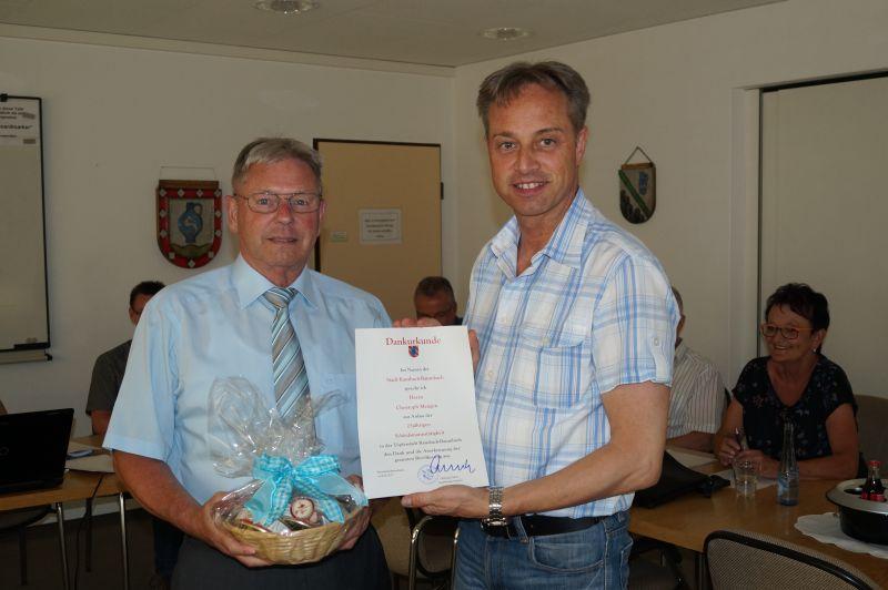 Christoph Mengen seit 25 Jahren Schiedsmann der Töpferstadt