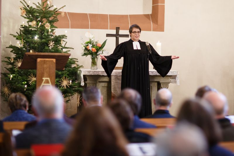 Neue Pfarrerin will in Willmenrod Türen öffnen