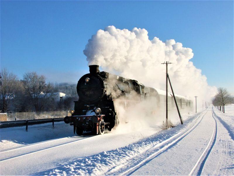 Im Dampfsonderzug zum Erlebnisbahnhof Westerburg