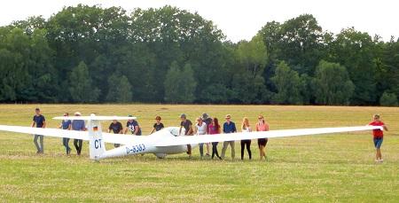 Pilot f�r einen Tag � Segelflieger laden zum Schnupperfliegen ein