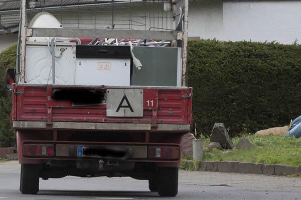 Illegaler Schrottsammler klaut zusätzlich diverse Gegenstände