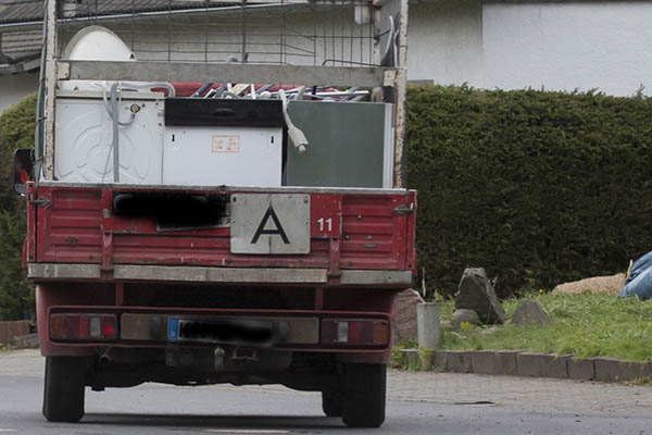Illegale Schrottsammler in Raubach gestellt