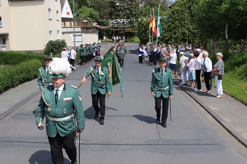 SV Leuzbach-Bergenhausen: Festzeitschrift als Online-Version