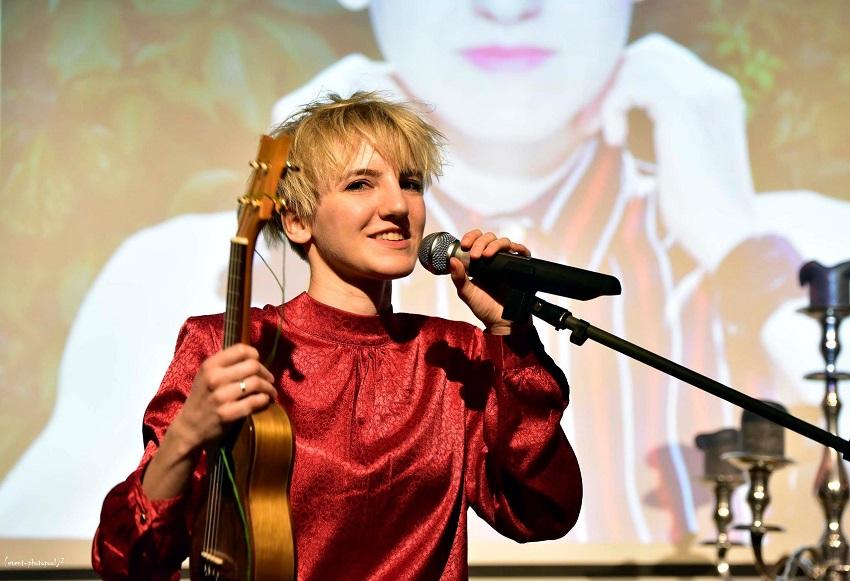 Musik, Comedy und Poetry zum Weltfrauentag in Wissen