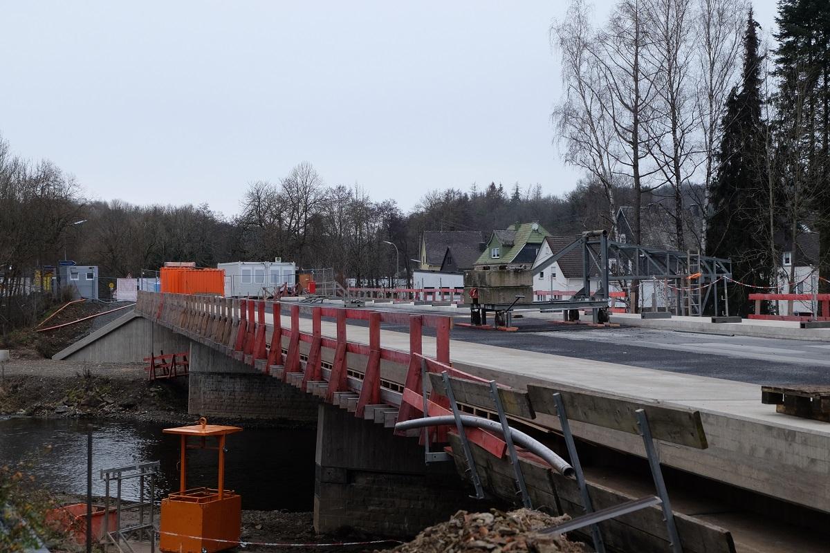 Stabile Temperaturen für Fortschritt an der Siegbrücke erforderlich