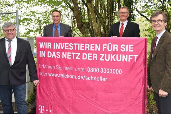 Spatenstich in Linz - Telekom beginnt mit Netzausbau
