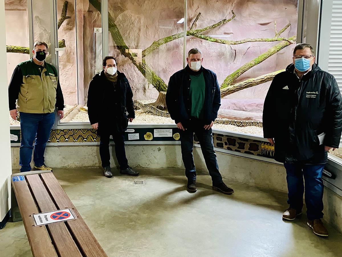 Spende aus Rheinbrohl an den Zoo Neuwied
