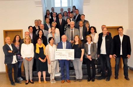 Stiftung der Sparkasse engagiert sich wieder für Kinder und Jugendliche