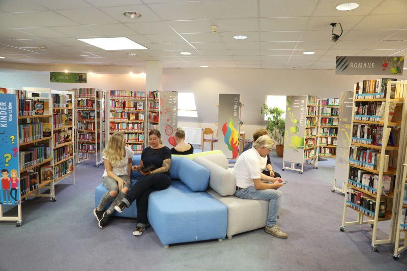 Nicht nur ein Ort für die Lektüre: die Stadtbibliothek Montabaur ist auch ein beliebter Treffpunkt. Foto: privat